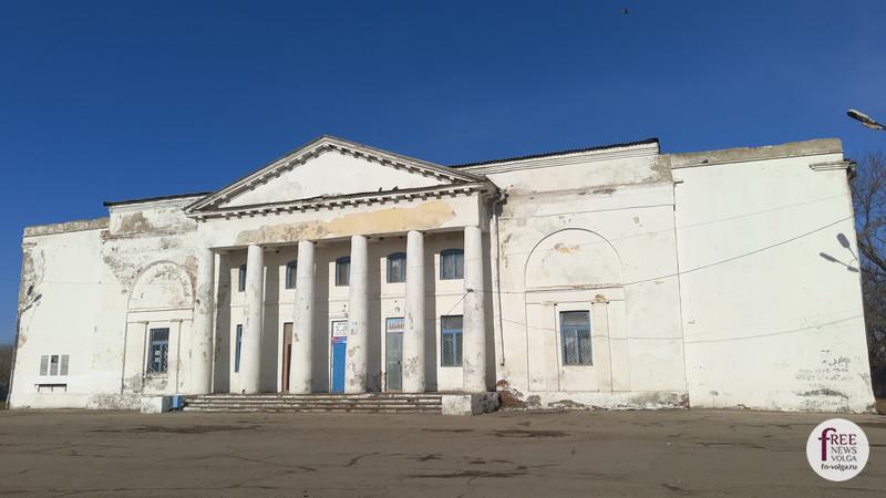 Дом культуры села Орловское (бывшая лютеранская церковь)