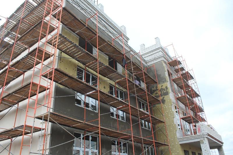 Строящаяся гимназия в Елшанке. Фото ИА «Свободные новости»