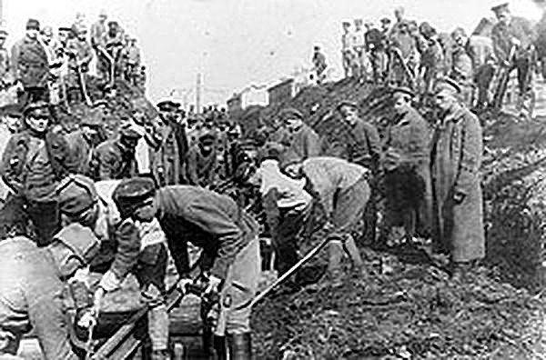 Трудовые армии в годы войны. Фото – imperhans.ru