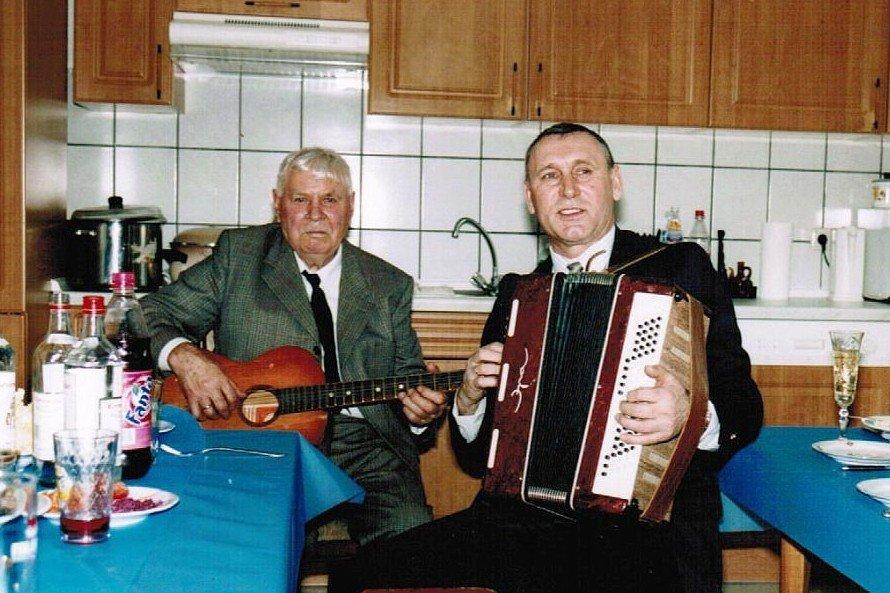 На 90-летнем юбилее отца в Германии, 2011 год. Фото из личного архива