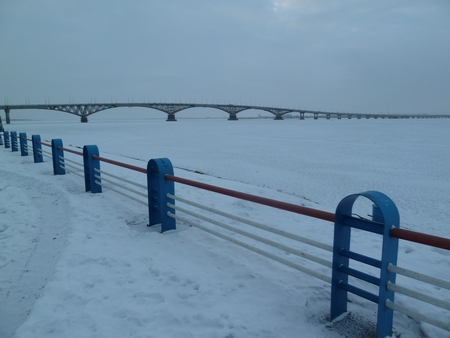 Саратовцев ждет штиль инебольшой снег