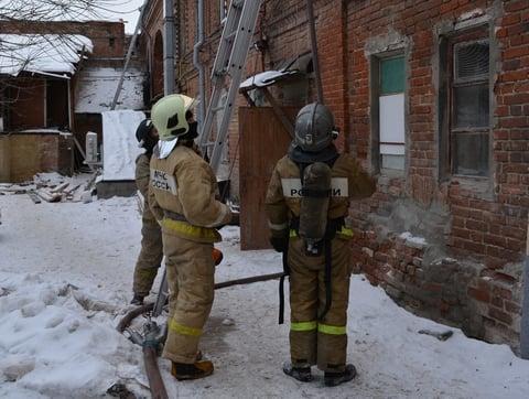 ВЗаводском районе напожаре пострадали два человека