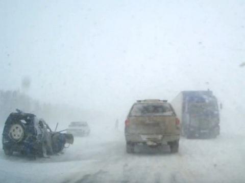 Под Петровском два человека погибли вавтокатастрофе сКамАЗом