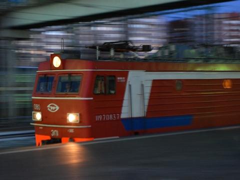 ВСаратовской области локомотив травмировал мужчину
