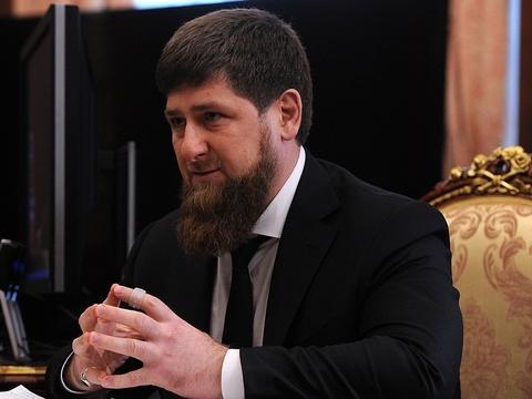 Кадыров назвал запрет наношение религиозной одежды подрывающим российское общество