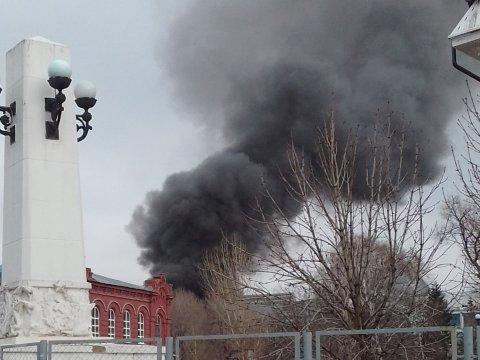 Около Крытого рынка сгорело восемь торговых павильонов
