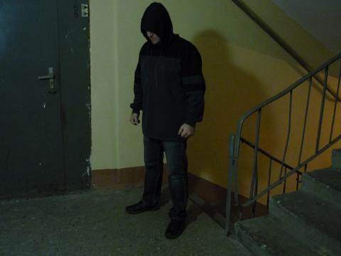 Работники Росгвардии задержали 17-летнего молодого человека, нападавшего наженщин