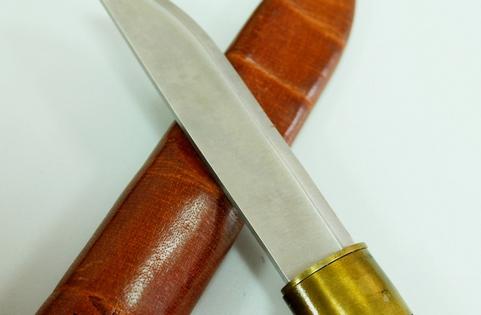 Ужителя области изъяли шесть охотничьих ножей