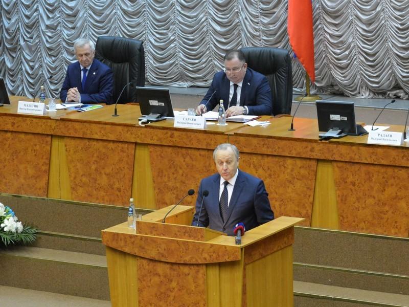 Радаев подчеркнул позитивную динамику вразвитии Саратова