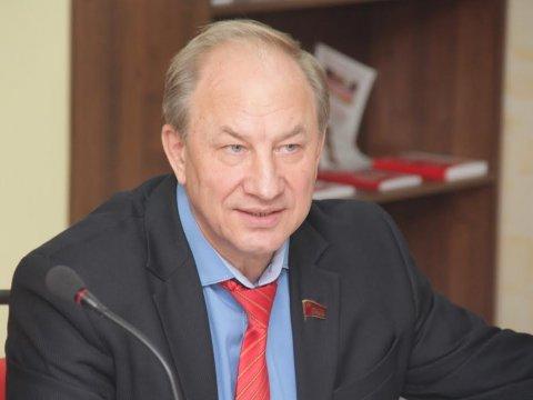 КПРФ запретила Рашкину спрашивать Медведева о изучении ФБК