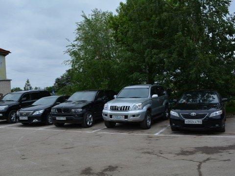 Областным депутатам запретили покупать служебные авто дороже 800 тыс. руб.