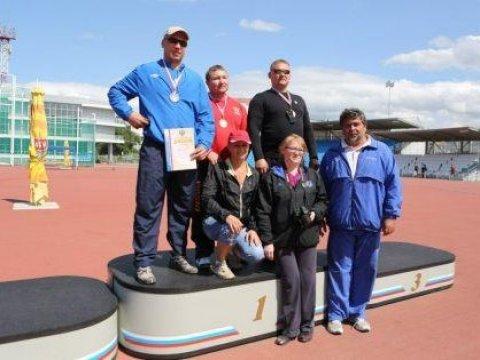 Саратовец стал чемпионом Российской Федерации потолканию ядра