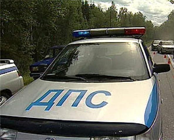 Под Краснодаром вмассовом ДТП погибли два человека