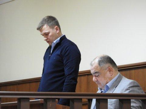 Суд отпустил из-под ареста экс-главу Марксовского района Тополя