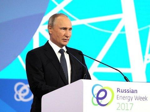 В. Путин несчитает разрыв между богатыми ибедными ошибкой финансовой политики