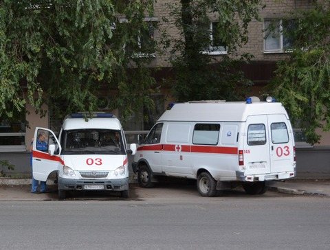 6 человек пострадали встолкновении «ГАЗели» и Тойота Land Cruiser