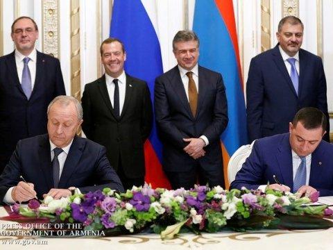 Саратовская область— единственный регион, подписавший межрегиональное соглашение входе визита вАрмению