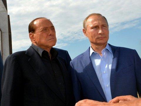 Против Берлускони открыто дело из-за вероятных связей смафией