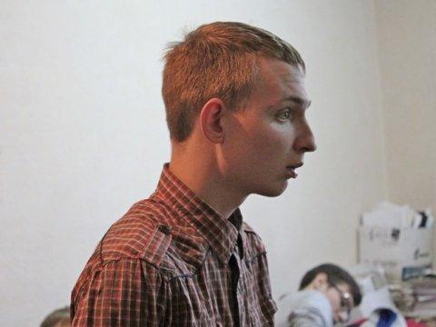 В Москве второй день подряд задерживают саратовского националиста Андрея Марцева