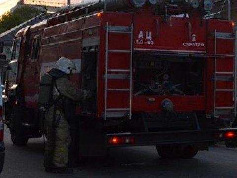 Напожаре вцентре Саратова погибла женщина