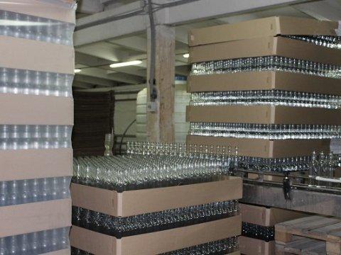 Милиция под Новоузенском изъяла изфуры 4 тысячи бутылок алкоголя