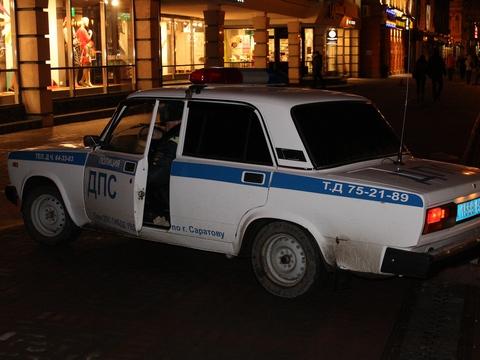 Преступник похитил у гостя кафе золото иуехал на«БМВ»