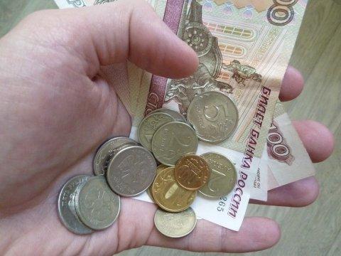 Опрос: 47% граждан России ощущают себя значительно пострадавшими откризиса