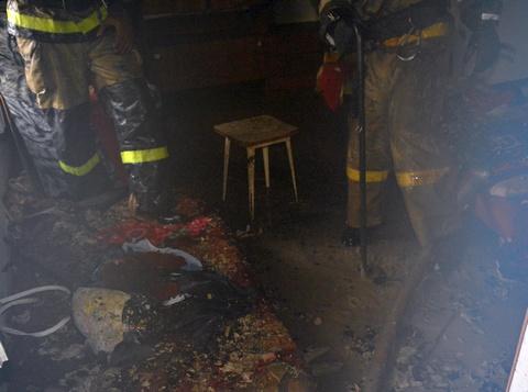 Под Саратовом дети устроили пожар, играя сзажигалкой в постели