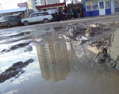 ВСаратове из-за ремонта 2-х водоводов отключили воду на26 дорогах