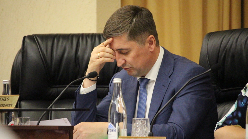 Источник: Филипенко уволил прокурора, находившегося на Волжской в момент стрельбы из автомата