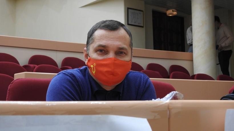 «Подойти выкинуть мусор – это уже игра со смертью». Саратовский депутат призвал усыпить бродячих собак