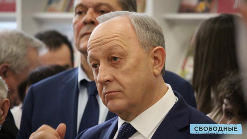 Источник: В правительстве Саратовской области готовят увольнение трех министров