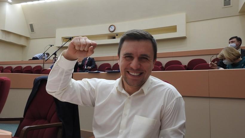 Бондаренко - мандатной комиссии: «Я презираю ваши ограничения, я смеюсь над ними»