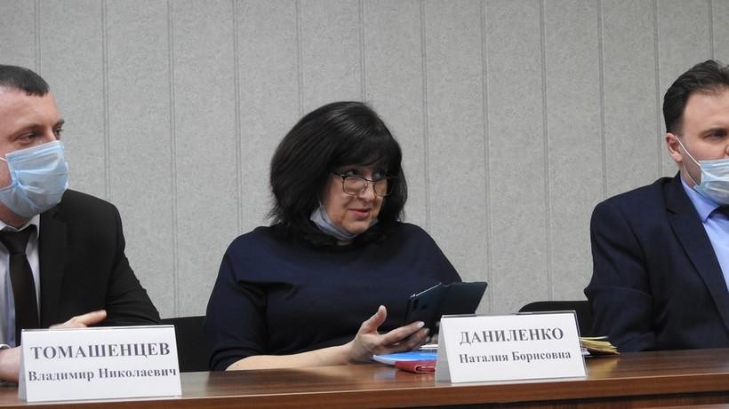 Саратовская чиновница — многодетным семьям Зоналки: «Другие ждут инфраструктуры дольше, чем вы»