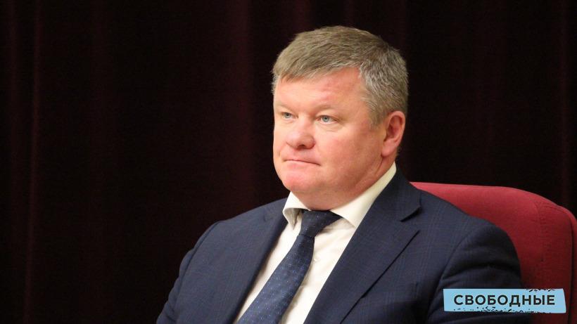 Субботник. Мэр Саратова пригласил депутатов на «вуаля» очистить один из «сквериков»