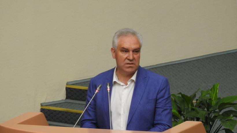 Саратовский единоросс о повышении зарплат чиновникам: «Мало. Надо больше»