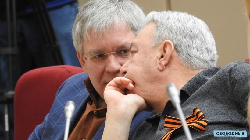 Полиция «не подтверждает и не опровергает» следственные действия у Курихина и Писного