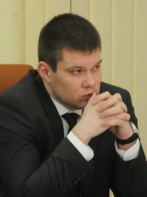 Олег Черняев озабочен количеством платежек