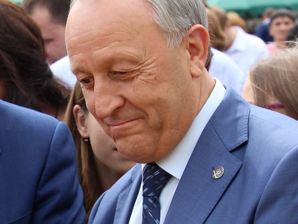 Саратовский губернатор: собран 1-ый млн. тонн зерна