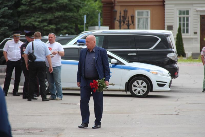 распада коллектива семья депутата грищенко фото супер